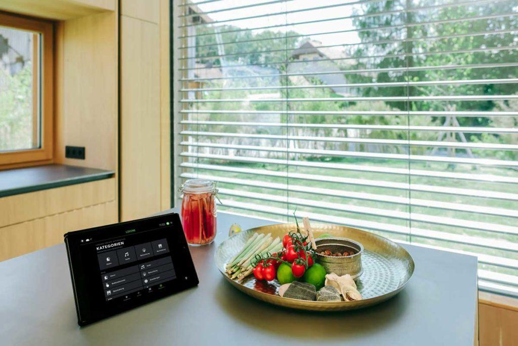 (c)Loxone_Mountain-Top-Case-Study-Kitchen-Tablet-App